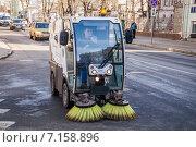 Подметально-вакуумная машина Bucher (2015 год). Редакционное фото, фотограф Алёшина Оксана / Фотобанк Лори