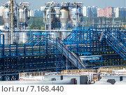 Купить «Московский нефтеперерабатывающий завод в Капотне, Россия», фото № 7168440, снято 14 июля 2014 г. (c) Юрий Губин / Фотобанк Лори