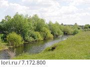 Купить «Сельский пейзаж. Небольшая речка Ук», фото № 7172800, снято 9 июня 2013 г. (c) Александр Тараканов / Фотобанк Лори