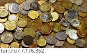 Фон из европейских монет. Стоковое фото, фотограф Ильгиз Хабибулин / Фотобанк Лори