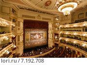 Купить «Дрезденская опера. Интерьер», фото № 7192708, снято 4 января 2015 г. (c) Константин Тронин / Фотобанк Лори