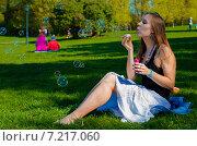 Мыльные пузыри. Стоковое фото, фотограф Николай Сомов / Фотобанк Лори