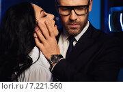Купить «Страстная молодая пара. Мужчина в очках и женщина с закрытыми глазами. Роман в офисе», фото № 7221560, снято 5 марта 2015 г. (c) Alexander Tihonovs / Фотобанк Лори