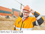 Купить «construction building site foreman», фото № 7223124, снято 25 марта 2015 г. (c) Дмитрий Калиновский / Фотобанк Лори