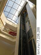 "Купить «Шахта лифта в гостинице ""City Star"". Батуми. Грузия», фото № 7238288, снято 9 июля 2013 г. (c) Евгений Ткачёв / Фотобанк Лори"