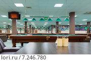 Интерьер современного бильярдного клуба, фото № 7246780, снято 19 мая 2014 г. (c) Евгений Ткачёв / Фотобанк Лори