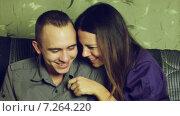 Купить «Игривая ссора и примирение», видеоролик № 7264220, снято 22 октября 2013 г. (c) Потийко Сергей / Фотобанк Лори