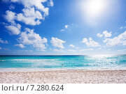 Купить «Солнечный пляж с белым песком, Канкун, Мексика», фото № 7280624, снято 1 января 2008 г. (c) Сергей Новиков / Фотобанк Лори