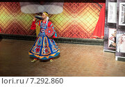 Купить «Египетский танец», эксклюзивное фото № 7292860, снято 20 мая 2019 г. (c) ФЕДЛОГ / Фотобанк Лори