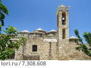 Церковь Святой Параскевы в кипрской деревне Героскипу (2013 год). Стоковое фото, фотограф Евгений Дробжев / Фотобанк Лори