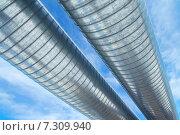Купить «Трубы газопровода на фоне неба», фото № 7309940, снято 25 апреля 2015 г. (c) Икан Леонид / Фотобанк Лори