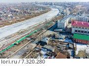 Купить «Исторический центр на берегу реки Тура, Тюмень», фото № 7320280, снято 3 апреля 2015 г. (c) Сергей Буторин / Фотобанк Лори