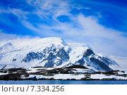 Купить «snow-capped mountains», фото № 7334256, снято 16 января 2009 г. (c) Goinyk Volodymyr / Фотобанк Лори