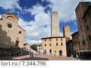 Купить «Medieval houses around Plazza Duomo San Gimignano Italy», фото № 7344796, снято 25 июня 2019 г. (c) BE&W Photo / Фотобанк Лори