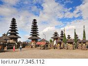 Купить «Pura Ulun Danu Batur (also known as Pura Ulun Danu, Pura Batur is the second most important temple in Bali, Indonesia», фото № 7345112, снято 17 декабря 2018 г. (c) BE&W Photo / Фотобанк Лори