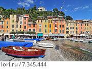 Купить «The harbour at Portofino, Golfo del Tigullio, Liguria, Italian Riviera, Italy», фото № 7345444, снято 22 апреля 2019 г. (c) BE&W Photo / Фотобанк Лори