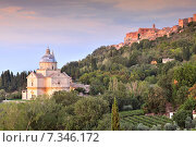 Church of San Biagio and town of Montepulciano, Tuscany, Italy, Europe. Стоковое фото, агентство BE&W Photo / Фотобанк Лори