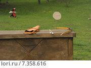 Купить «Лук, стрелы, колчан. Всё необходимое для стрельбы из лука», фото № 7358616, снято 2 мая 2015 г. (c) Иванова Анастасия / Фотобанк Лори
