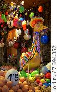 Пасхальные яйца и нарядный гусь (2013 год). Редакционное фото, фотограф Ольга Акшонина / Фотобанк Лори