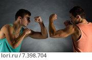 Купить «young men wrestling», фото № 7398704, снято 22 сентября 2014 г. (c) Syda Productions / Фотобанк Лори