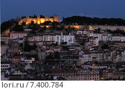 View of the Castelo de S. Jorge and the old town of Lisbon (2003 год). Стоковое фото, агентство Caro Photoagency / Фотобанк Лори