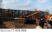 Танк Т-80 (2015 год). Редакционное фото, фотограф Анатолий Киренков / Фотобанк Лори