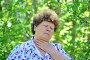 У пожилой женщины болит горло, фото № 7451192, снято 8 мая 2015 г. (c) Володина Ольга / Фотобанк Лори