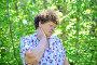 У пожилой женщины болит шея, фото № 7451196, снято 8 мая 2015 г. (c) Володина Ольга / Фотобанк Лори