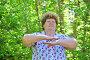 Пожилая женщина на природе, фото № 7451304, снято 8 мая 2015 г. (c) Володина Ольга / Фотобанк Лори