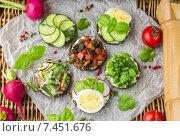 Купить «Бутерброды для пикника», фото № 7451676, снято 18 мая 2015 г. (c) Виктория Панченко / Фотобанк Лори