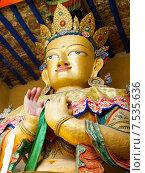 Купить «Будда Майтрейя. Верхняя часть (бюст) гигантской статуи в монастыре Намгьял Тсемо (Namgyal Tsemo) в г.Лех (Leh) в Ладакхе, северная Индия.», фото № 7535636, снято 20 июня 2012 г. (c) Олег Иванов / Фотобанк Лори