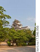 Купить «Главная башня (донжон) замка Окаяма (построен в 1597, реконструирован в 1966 г.). Национальный исторический объект Японии», фото № 7546956, снято 20 мая 2015 г. (c) Иван Марчук / Фотобанк Лори