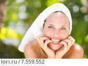 Купить «a woman preparing herself for spa day», фото № 7559552, снято 11 февраля 2015 г. (c) Wavebreak Media / Фотобанк Лори