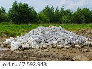 Свалка из белого цемента. Стоковое фото, фотограф Александр Чернецов / Фотобанк Лори