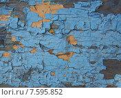 Купить «Деревянная поверхность с облупившейся краской», фото № 7595852, снято 8 мая 2015 г. (c) Ельцов Владимир / Фотобанк Лори