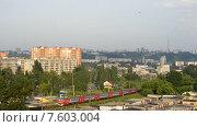 Прибытие электрички в Нижний Новгород. Стоковое видео, видеограф Vladimir  Zeichev / Фотобанк Лори