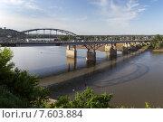 Купить «Мост через реку Белую в городе Уфе», фото № 7603884, снято 3 июня 2015 г. (c) Коротнев / Фотобанк Лори