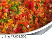 Жареные овощи в масле в сковороде. Стоковое фото, фотограф Павел Бурочкин / Фотобанк Лори