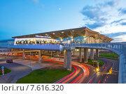 Купить «Санкт-Петербург. Аэропорт Пулково», эксклюзивное фото № 7616320, снято 24 мая 2015 г. (c) Литвяк Игорь / Фотобанк Лори