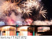 Салют в день города Твери 880 лет. Стоковое фото, фотограф Евгений / Фотобанк Лори