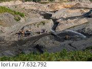 Добыча золота в долине реки. Стоковое фото, фотограф Тамара Наянова / Фотобанк Лори