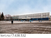 Купить «Автожелезнодорожный вокзал в Нижнекамске», эксклюзивное фото № 7638532, снято 25 ноября 2014 г. (c) Сергей Лаврентьев / Фотобанк Лори