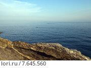 Морской пейзаж со скалистым берегом. Нерви (Nervi), пригород Генуи. 2015. Стоковое фото, фотограф Tanya  Polevaya / Фотобанк Лори
