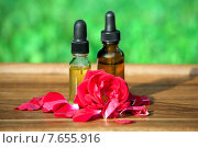 Купить «Ароматическое розовое масло», фото № 7655916, снято 10 сентября 2009 г. (c) Татьяна Белова / Фотобанк Лори