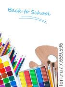 Купить «Предметы для детского творчества, краски, карандаши и палитра на белом фоне», фото № 7659596, снято 9 июля 2015 г. (c) Типляшина Евгения / Фотобанк Лори