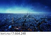 Купить «Сумерки в Париже, Франция», фото № 7664248, снято 21 мая 2015 г. (c) Iakov Kalinin / Фотобанк Лори