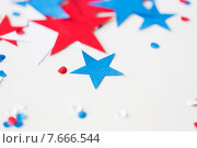 Купить «stars confetti on american independence day party», фото № 7666544, снято 28 мая 2015 г. (c) Syda Productions / Фотобанк Лори