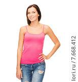 Купить «woman in blank pink tank top», фото № 7668412, снято 25 июля 2013 г. (c) Syda Productions / Фотобанк Лори