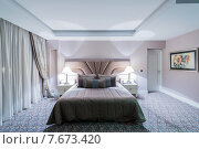 Купить «Hotel room with modern interior», фото № 7673420, снято 19 июня 2015 г. (c) Elnur / Фотобанк Лори