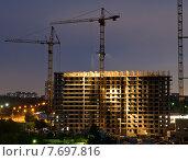 Купить «Строительство. Вечер. Москва», фото № 7697816, снято 17 июля 2015 г. (c) Екатерина Овсянникова / Фотобанк Лори